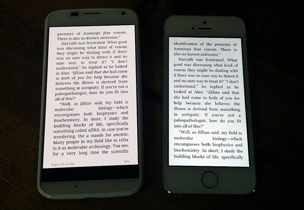 """Even though the Moto X only has a 4.7"""" screen, it can display 27% more text."""